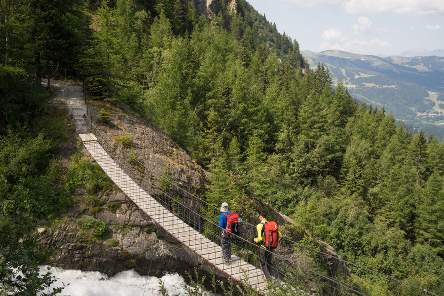 Crossing the Himalayan-style suspension bridge above the Bionnassay stream (photo: Dimitris Manargias)